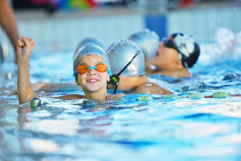childrens school holiday swimming - Edge Sports & Activities